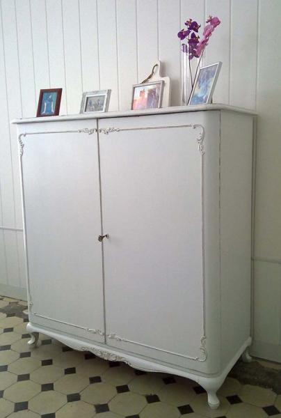 shabby chic chippendale kommode valentina kleiddich. Black Bedroom Furniture Sets. Home Design Ideas